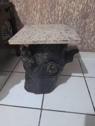 Mesa de canto de tronco