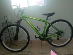 Bicicleta aro 29( preço a negociar)