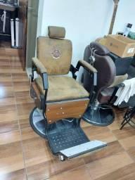 Título do anúncio: Cadeira hidráulica  barbeiro Prismec