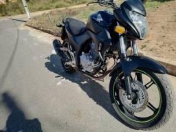 Vendo CB300R - 2010