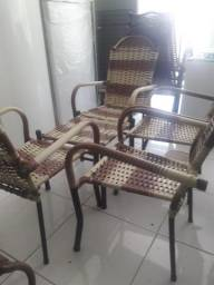 Jogo de área 4 cadeiras e mesa de centro