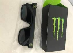 Oculos Monster