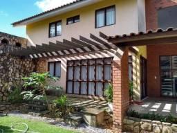 Casa toda Mobiliada com 4 Quartos (3 Suites) em Aldeia Aceita financiamento