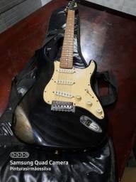 Vendo ou troco guitarra novo