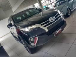 Toyota Hilux SW4 SW4 SRX 2.8 4X4 DIESEL 5 LUGARES 2017