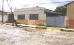 Casa à venda com 3 dormitórios em Esplanada, Araçuaí cod:586ca1a2750