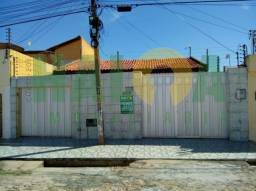Casa Residencial à venda, 3 quartos, 3 vagas, Lourival Parente - Teresina/PI