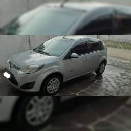 Ford fiesta 2011 1.0 8v