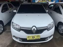 Renault Logan 2017 + GNV (Único Dono, entrada + 48x 700,00)