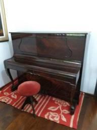 Piano Armário Schneider - Raridade - R$ 6.000,00