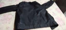 Jaqueta de couro tamanho M forma grande