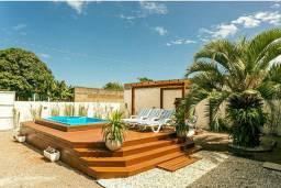 Linda casa com piscina e jacuzzi praia da Pinheira