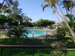 Quitinete dentro de condomínio com piscina e área de lazer