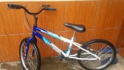 Vendo essa bicicleta aro 20 .