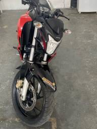 Moto Honda CB 250F Twister