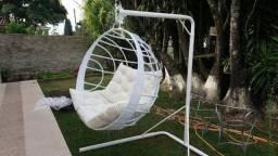 Cadeira de Balanço em Vime Sintético