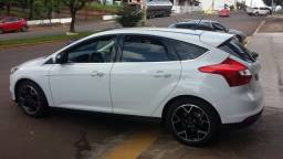 Ford Focus Titanium Hatch