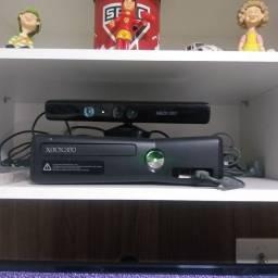 Xbox 360 destravado + 800 jogos