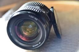 Lente Nikon Nikkor 24-50mm F/3.3-4.5 Af + Parasol Hb-3 na Caixa