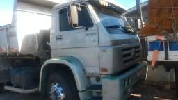 Caminhão 23220