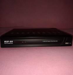 DVR Cop-Br. Dvr 4 LDC<br>H.264 4CH Digital Vídeo Record