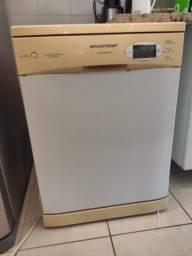 Maquina de Lavar Louça Brastemp Convenience 12 serviços.