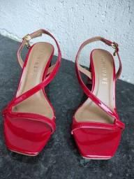 Sandália Camminare vermelha