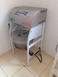 Título do anúncio: Máquina de Cozimento e Misturadora MCM 22 Gastromaq Misturela