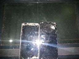 2 celulares e uma tela de computador