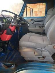 Caminhão vw 6.80
