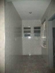 Título do anúncio: Casa para Locação em Rio de Janeiro, Cavalcanti, 2 dormitórios, 1 banheiro