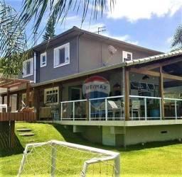 Título do anúncio: Casa com 4 quartos à venda, 300 m² por R$ 1.240.000 - São Pedro - Juiz de Fora/MG
