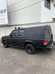 Ford F1000 no Vale do Itajai Sc a venda!