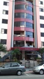 Apto amplo 3 dormitórios no Balneário Estreito