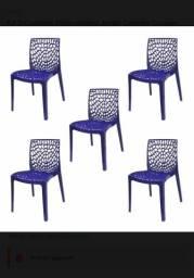 Cadeiras Azul BIC (04 cadeiras)