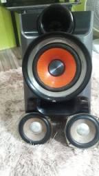 Caixa + 2 alto falantes