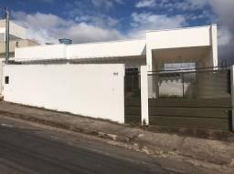 Casa á venda no bairro Jardim Alvorada em Alfenas MG