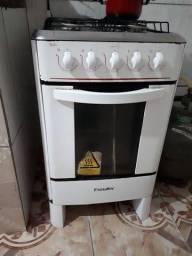Fogão 4 bocas com forno NÃO ACEITO TROCAS