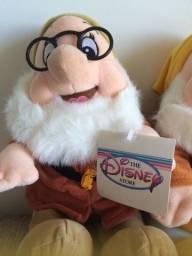 Título do anúncio: os sete anoes - pelucia - Disney Store original / importado