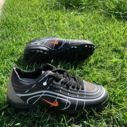 Título do anúncio: Chuteiras Nike Society ( 38 ao 43 ) - 6 Cores Disponíveis