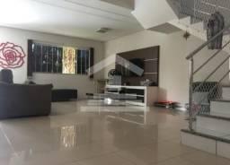 Casa Duplex em Condomínio Fechado #no Calhau #perto de tudo _lazer com segurança