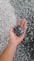Areia / Pedra brita / Terra / saibro / Pedrisco/ Pó de brita