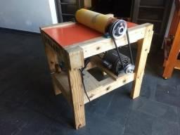 Lixadeira desengrosso para madeira, muito forte, muito bem feita e funcional