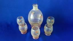 Antiga licoreira com 5 copos (cod.3009)