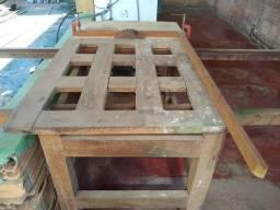 Mesa para cortar madeira