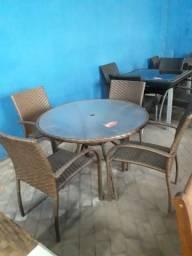 8e345c1c2 Mesa +4 cadeiras área externa nova 1