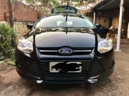 Ford Focus 1.6 Mec - 2015