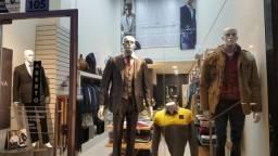 Vendo loja de roupa completa no centro de Lajeado. Ótima oportunidade!