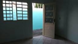 Aluga_-se uma barracão tres cômodos setor Vila Morais (goiania)