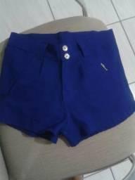 Lindo short azul de tecido